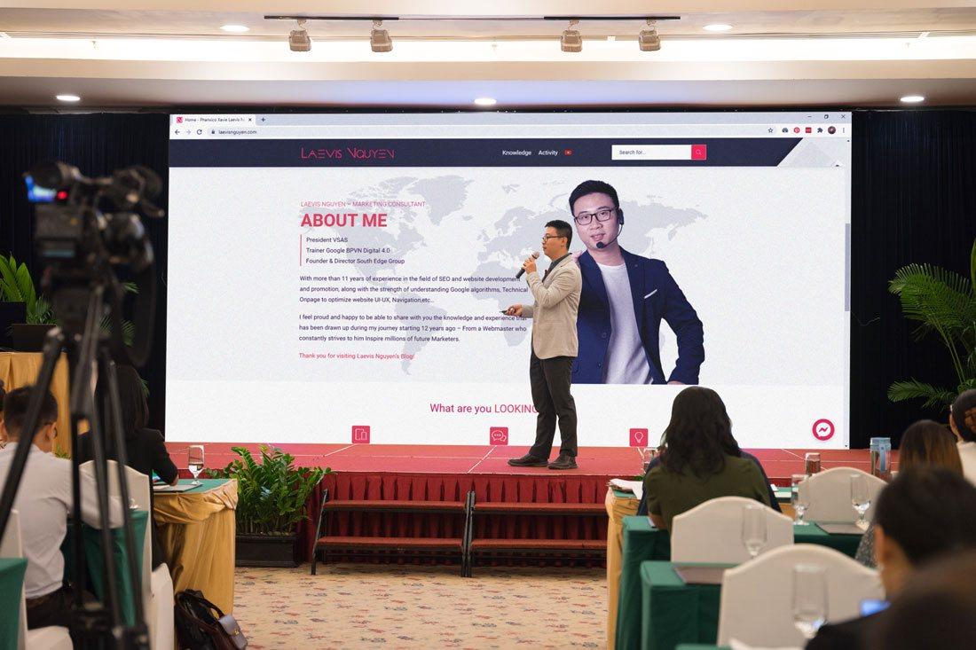 Bắt đầu section của diễn giả Laevis Nguyễn